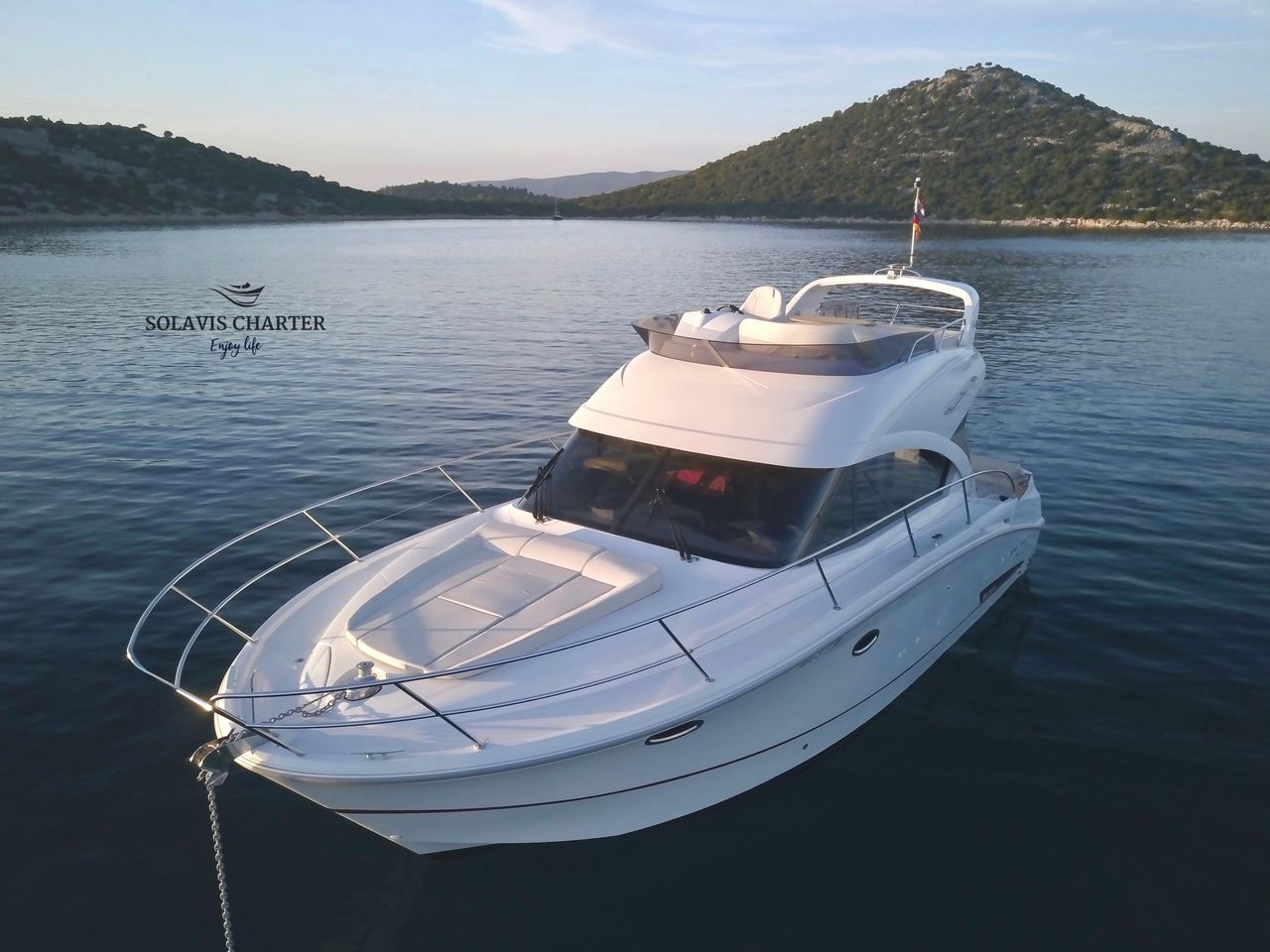 Antares 36 by Seadream Charter - immagine 3