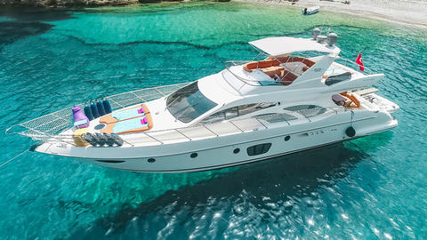 Azimut 62 with Fly Refit 2020!