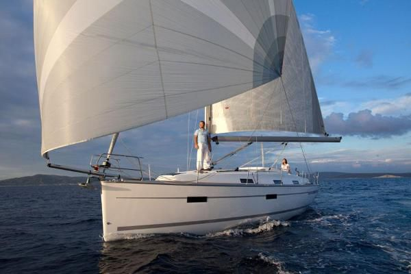 Bavaria 36 - picture 1