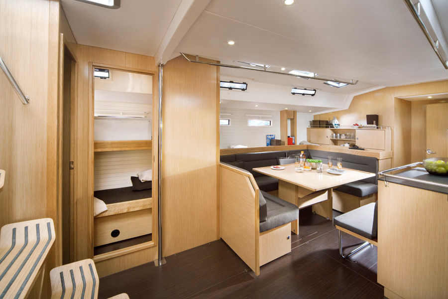 Bavaria 55 Cruiser - picture 3
