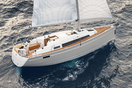 Bavaria Cruiser 33 - picture 1