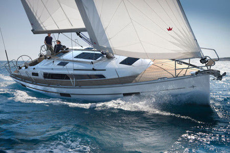 Bavaria Cruiser 37 - picture 1