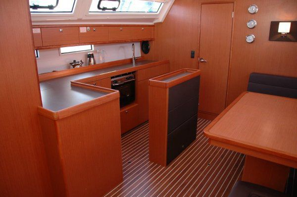 Bavaria Cruiser 46 - picture 2