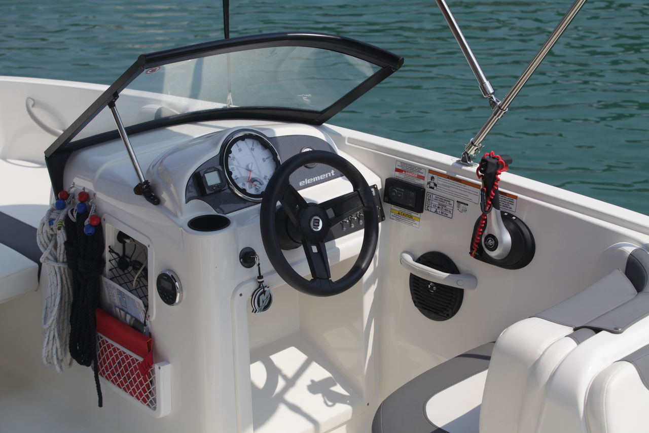 Bayliner Element - fotka 3
