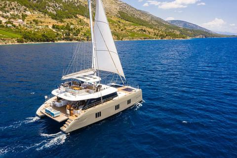 Brandnew Crew Cat Sunreef 60ft