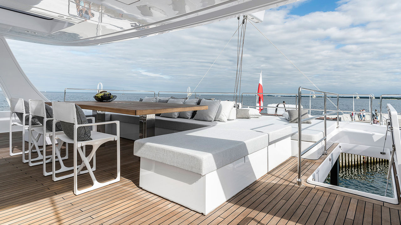 Brandnew Crew Cat Sunreef 80ft - Bild 2
