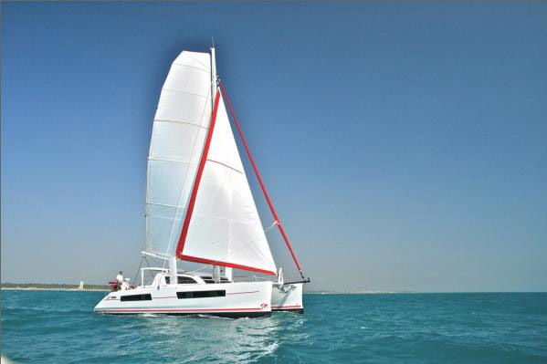 Catana 47 CI with A/Cfoto 2
