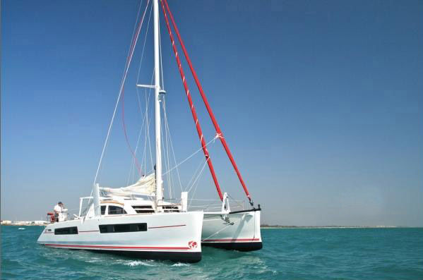 Catana 47 Custom with A/Cfoto 2