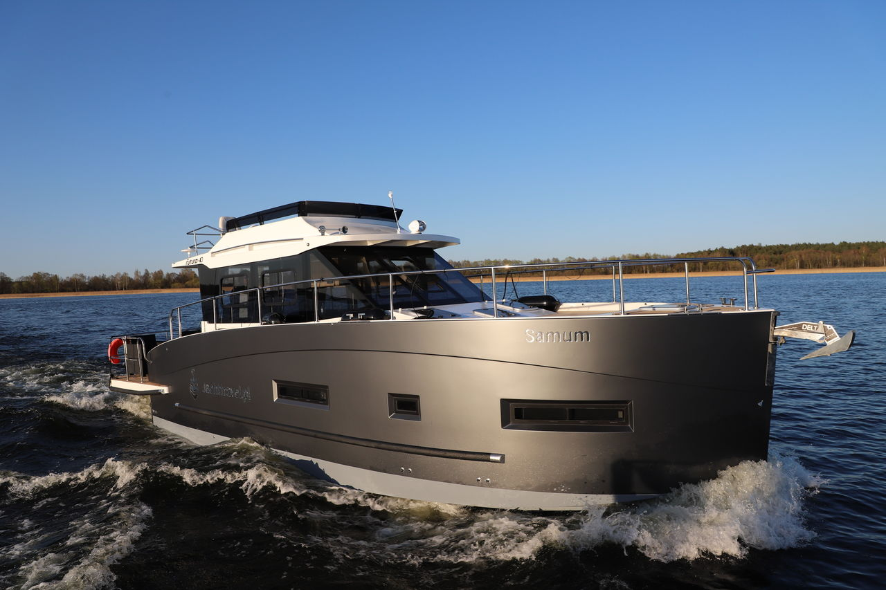 Cobra Futura 40 Grand Horizon - resim 2