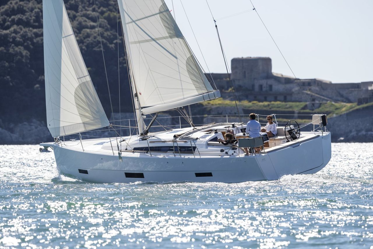 Dufour 430 GL - picture 2