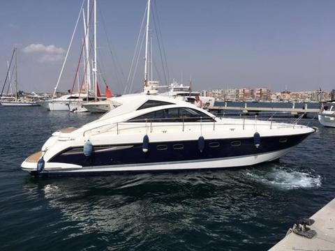 Fairline HT52