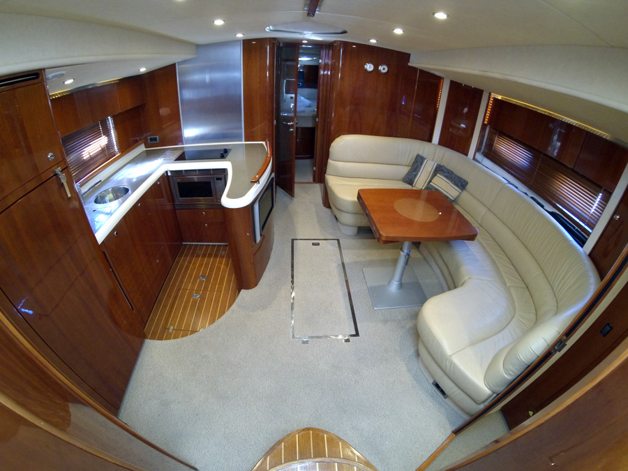 Fairline Targa 52 GT - picture 3