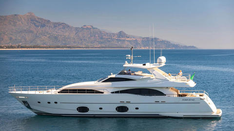 Ferretti 97 with Fly Refit 2020!