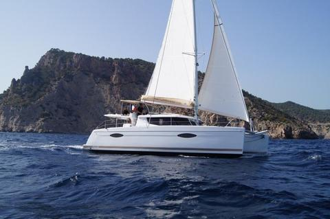 Fountaine Pajot 5x Helia 44