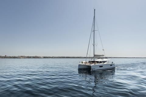 Fountaine Pajot Astrea 24