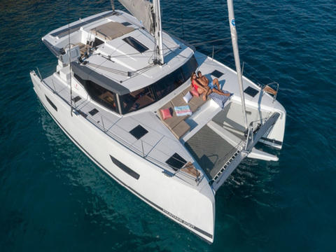 Fountaine Pajot Astréa 42