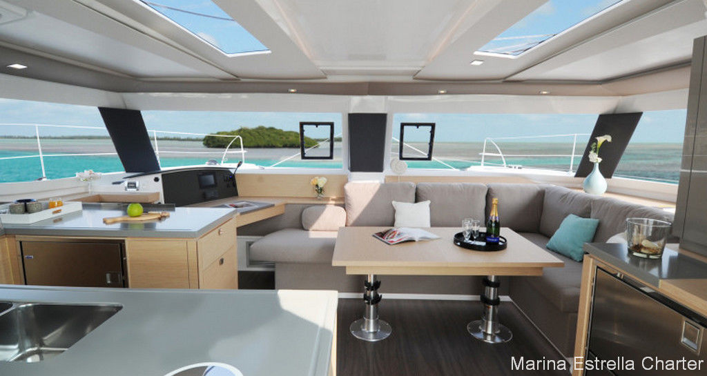 Fountaine Pajot Helia 44 - picture 3