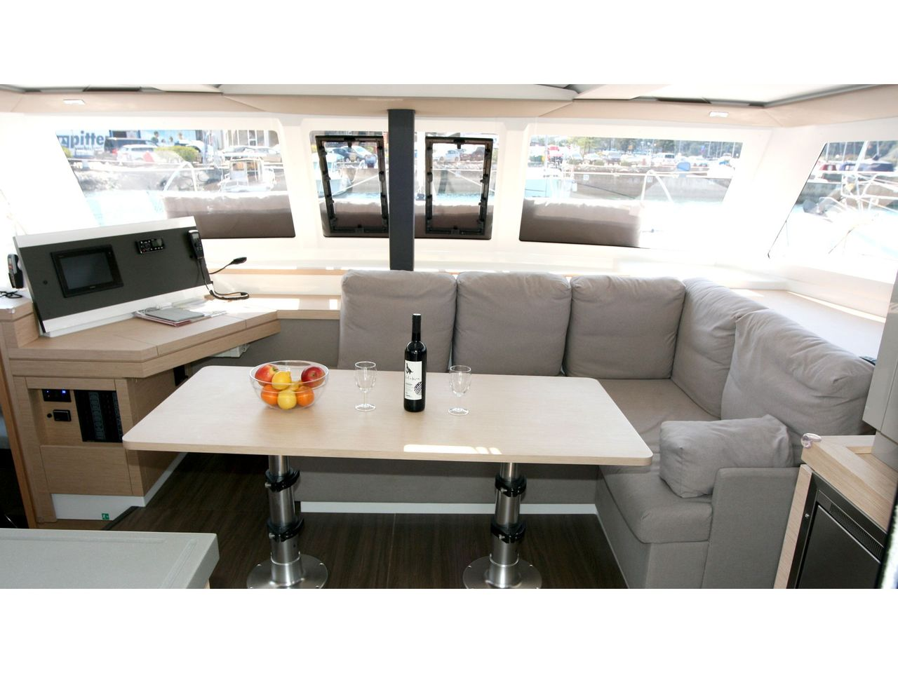 Fountaine Pajot Lucia 40 - fotka 3