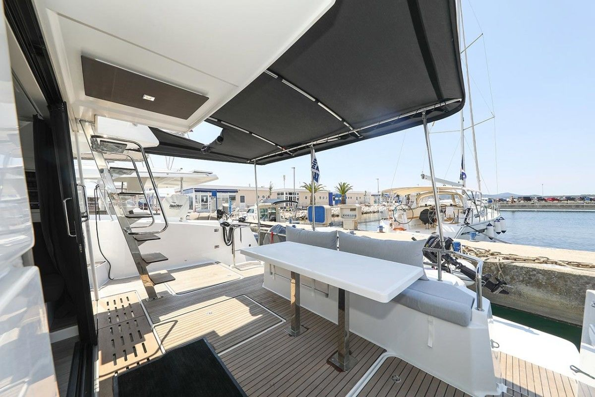 Fountaine Pajot MY 37 - Bild 3