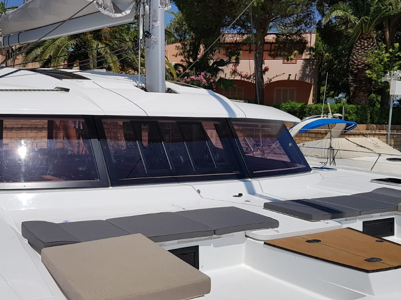 Fountaine Pajot Saba 50 - picture 3