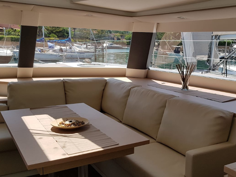 Fountaine Pajot Saba 50 - picture 2