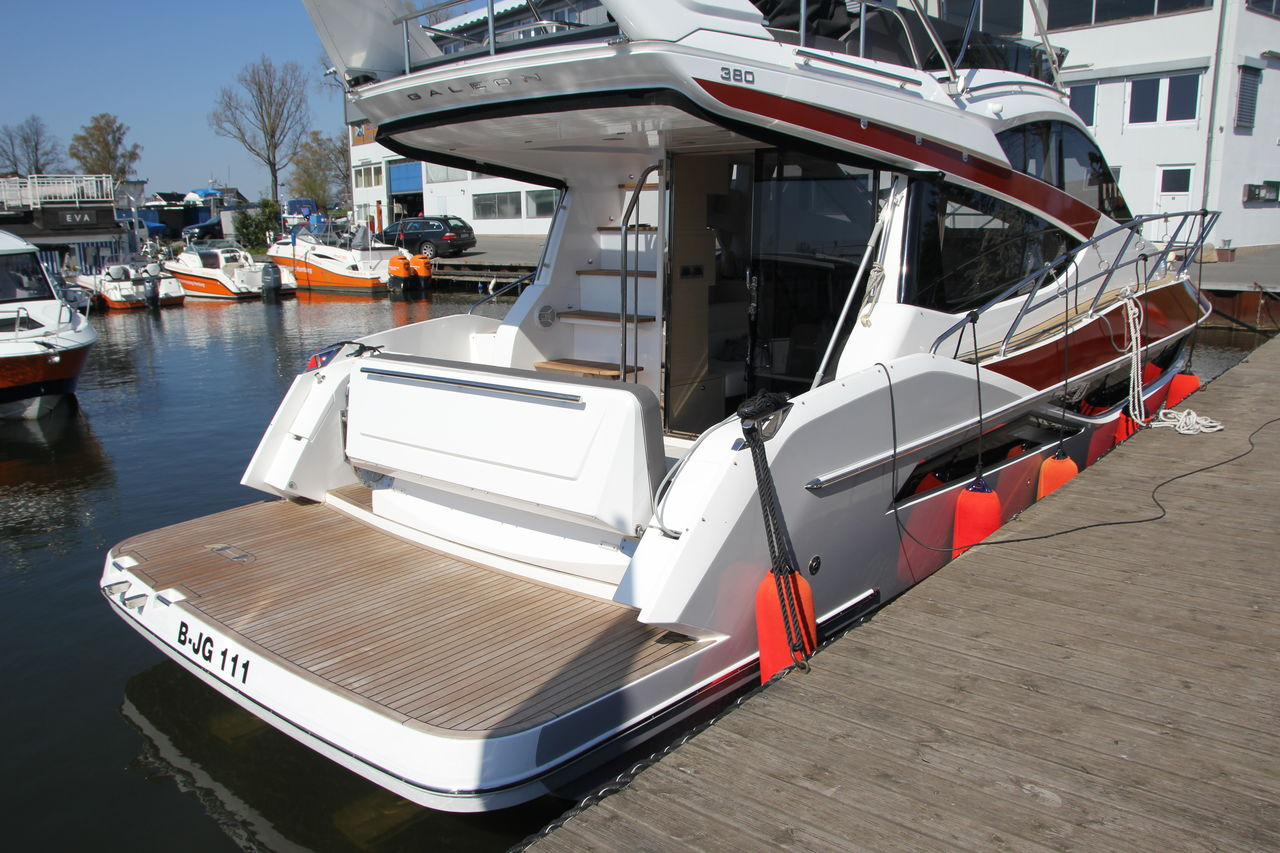 Galeon 380 Flyimmagine 2