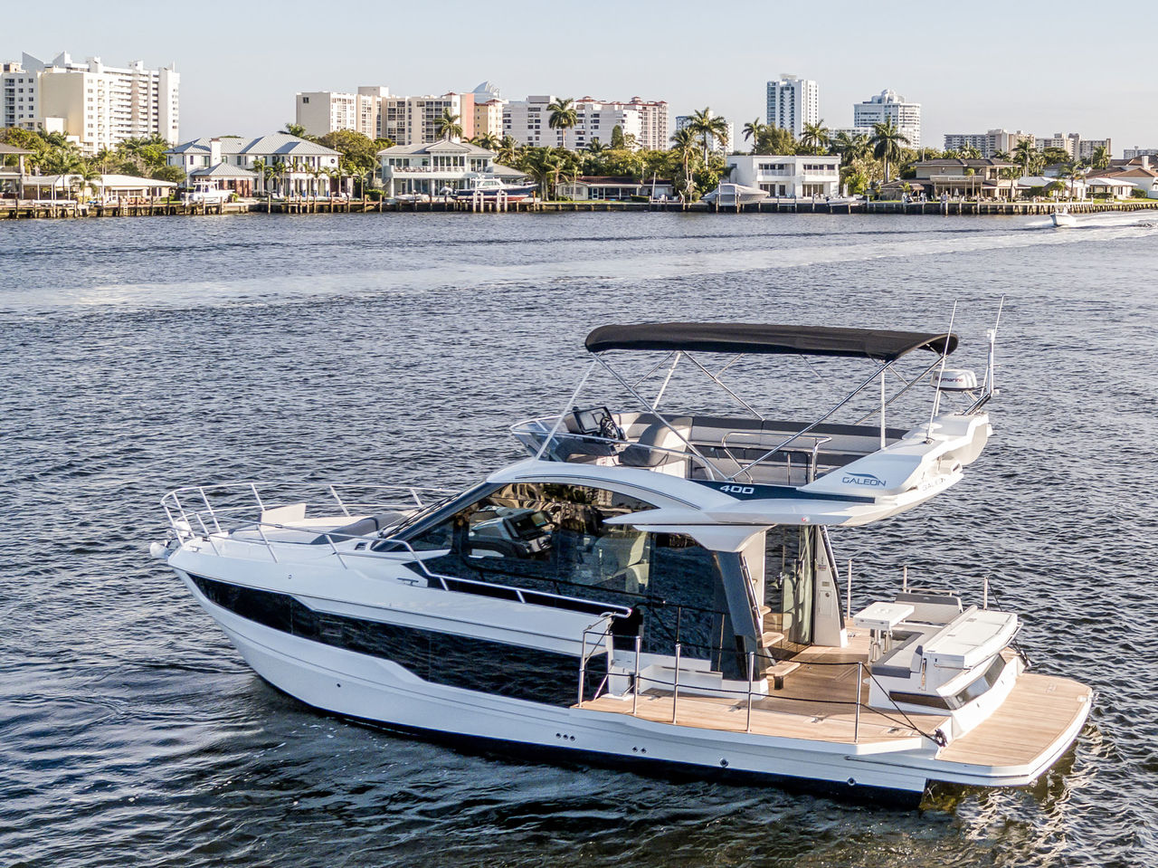 Galeon 400 Fly - image 1