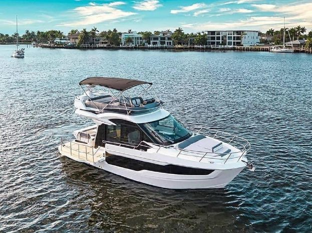 Galeon 400 Fly - image 2