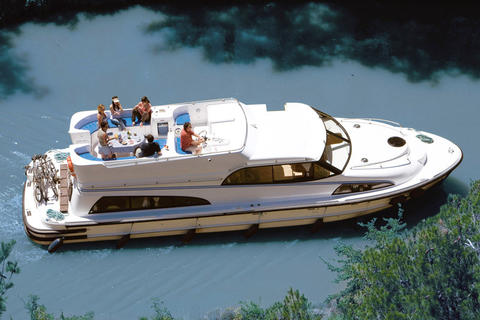 Le Boat Royal Mystique