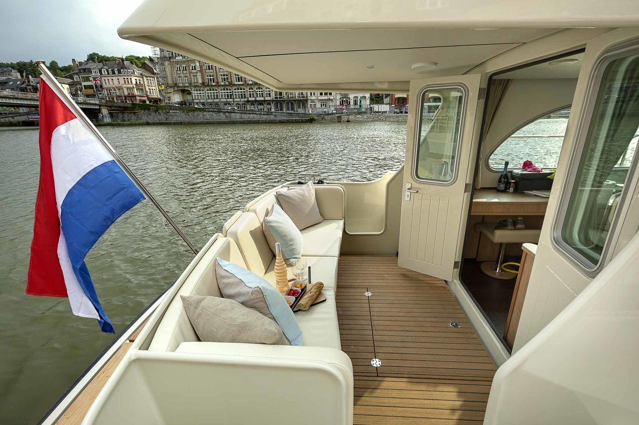 Linssen Grand Sturdy 30.0 Sedan - fotka 2