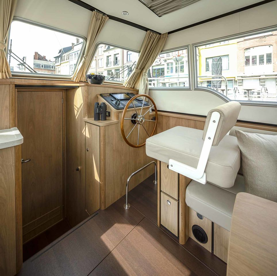 Linssen Grand Sturdy 30.0 Sedan - fotka 3