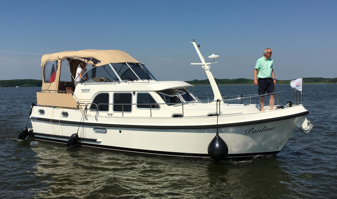 Linssen Grand Sturdy 350 AC - picture 1