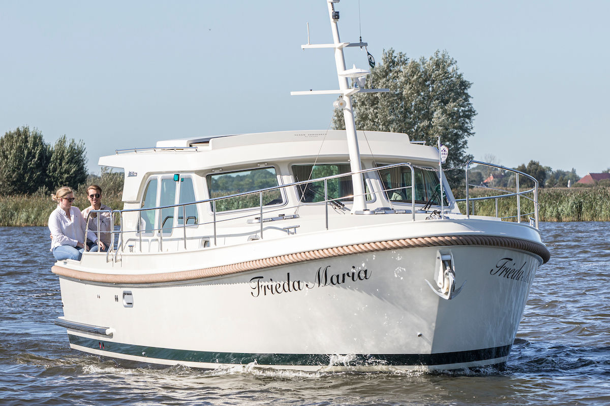 Linssen Grand Sturdy 40.0 Sedan - image 1