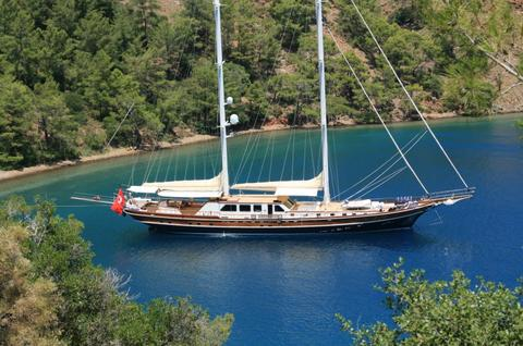 Luxury Motorsailor 40 m