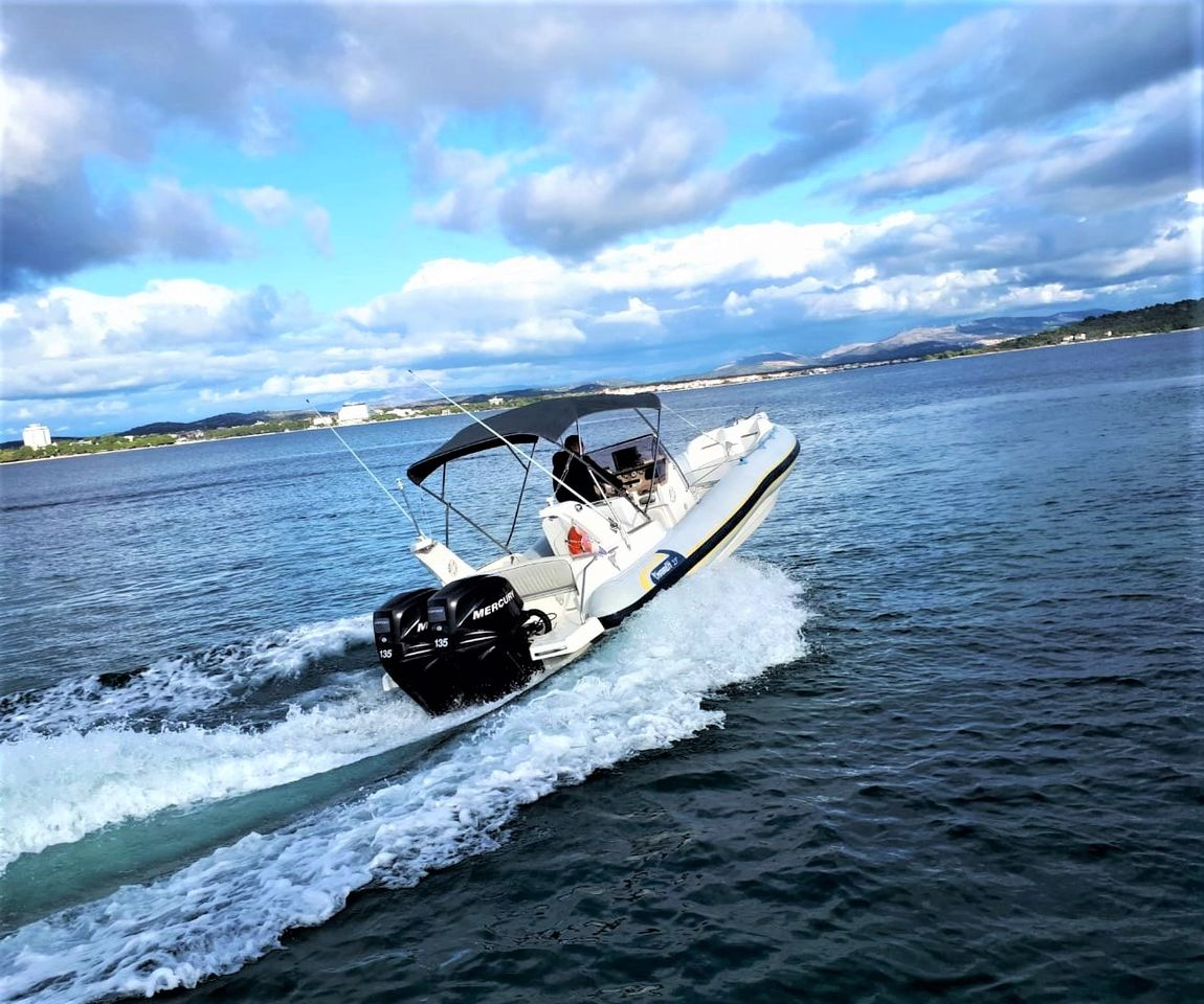 Marlin 750 Exclusive 2 x 135 Hp