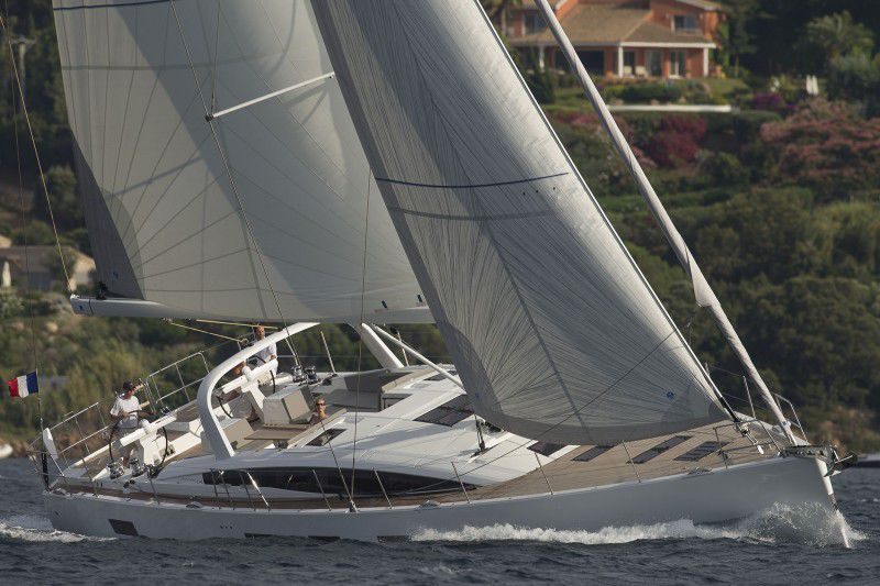 neu Jeanneau 64 with Skipper!