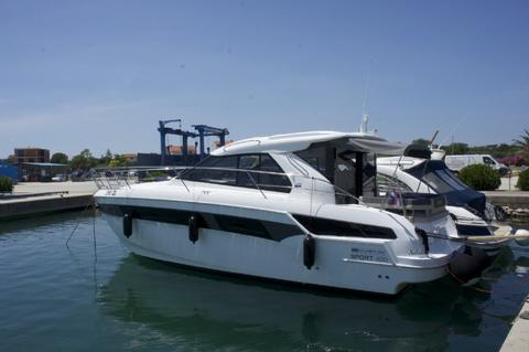 NEW Bavaria 400 Coupe