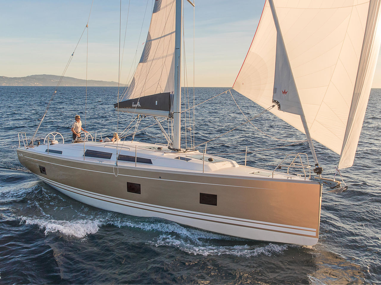 New Hanse 418 2019 - picture 1