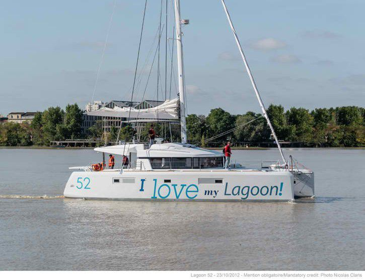 NEW Lagoon 520 with Fly 2014!