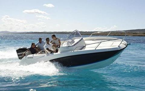 Quicksilver 675 Sundeck