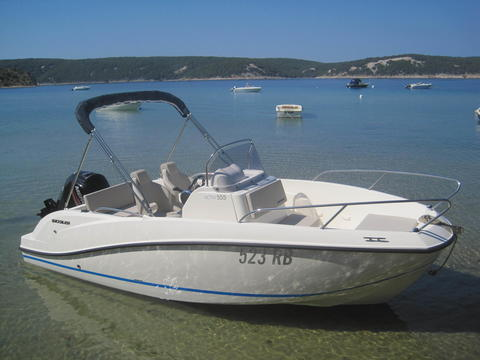 Quicksilver Actic 555 Open