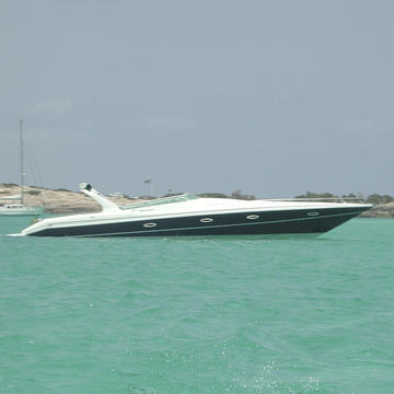Real Powerboats Revolution 46