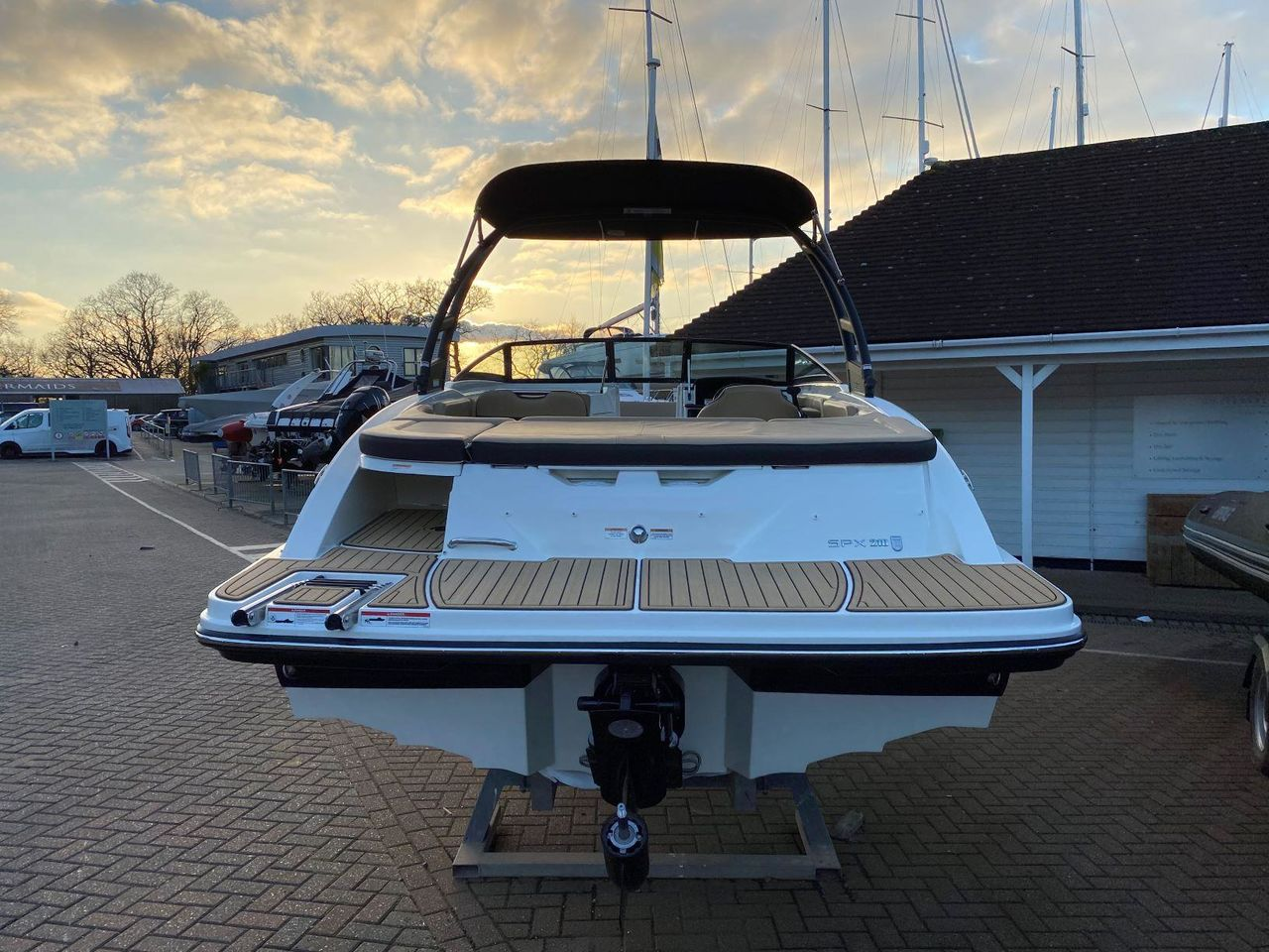 Sea Ray 210 SPXE Wakeedition - billede 3