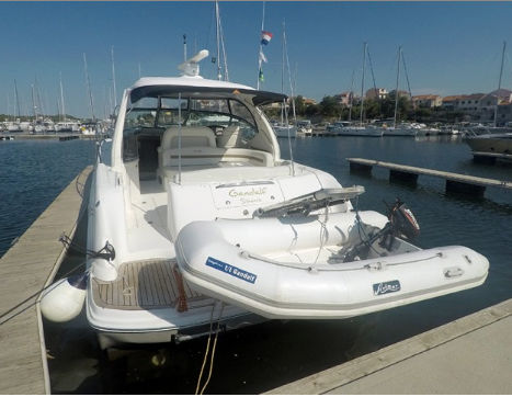 Sea Ray 455 - picture 2