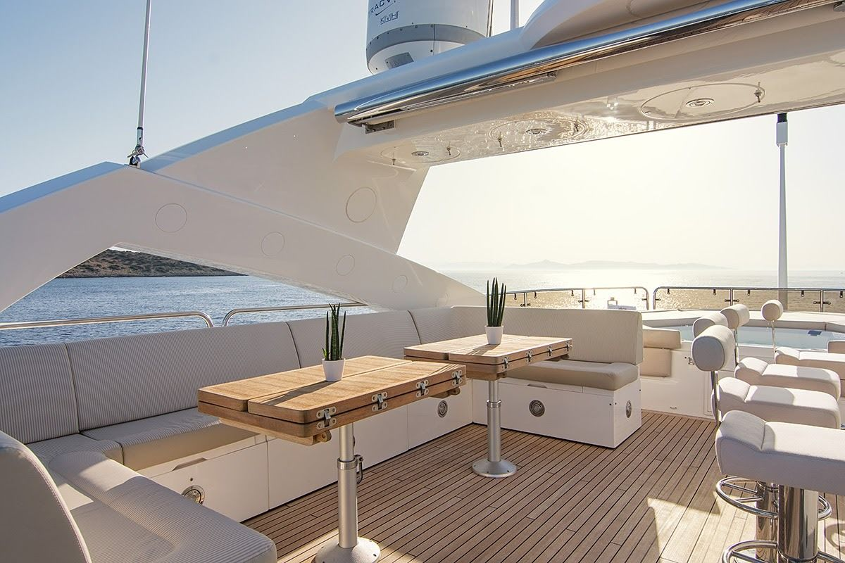 Sunseeker 131 feetimagen 2