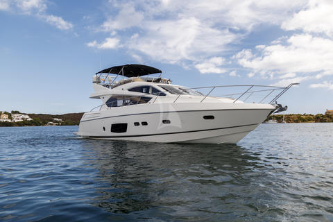 Sunseeker Manhattan 63 Fly