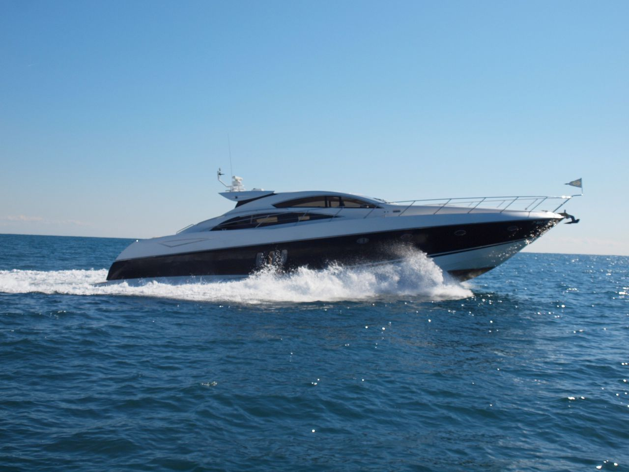 Sunseeker Predator 72´ for rent - Palma de Mallorca - Majorca