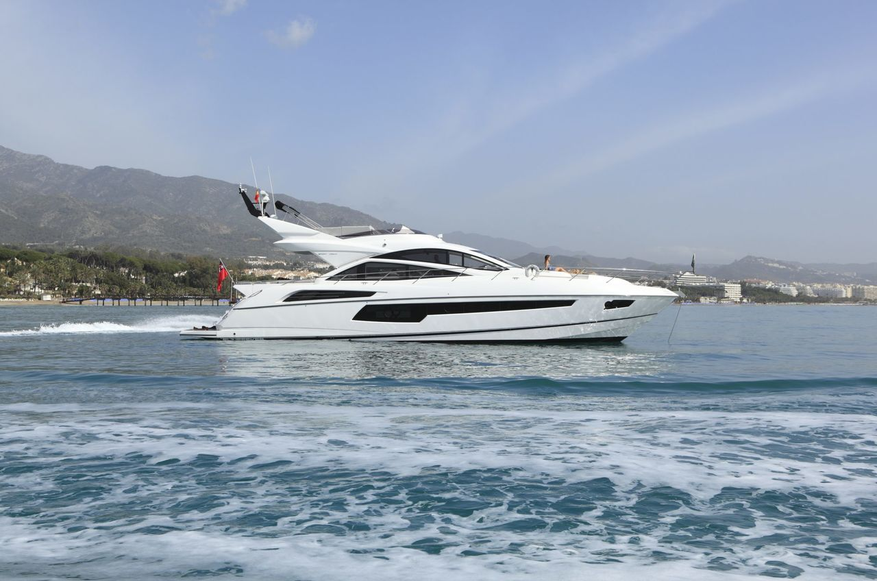 Sunseeker Yacht 68´ - picture 1